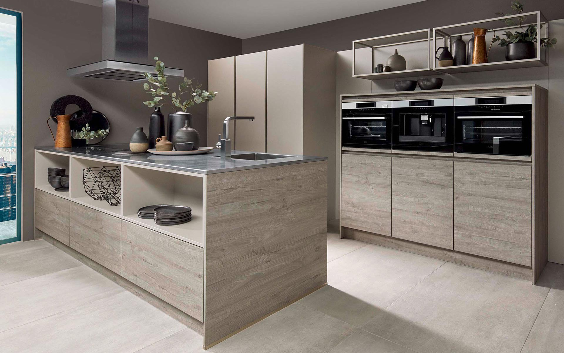 Toronto: Kitchens from Germany, Europe. Cross Reno • Sherwood H Richmond