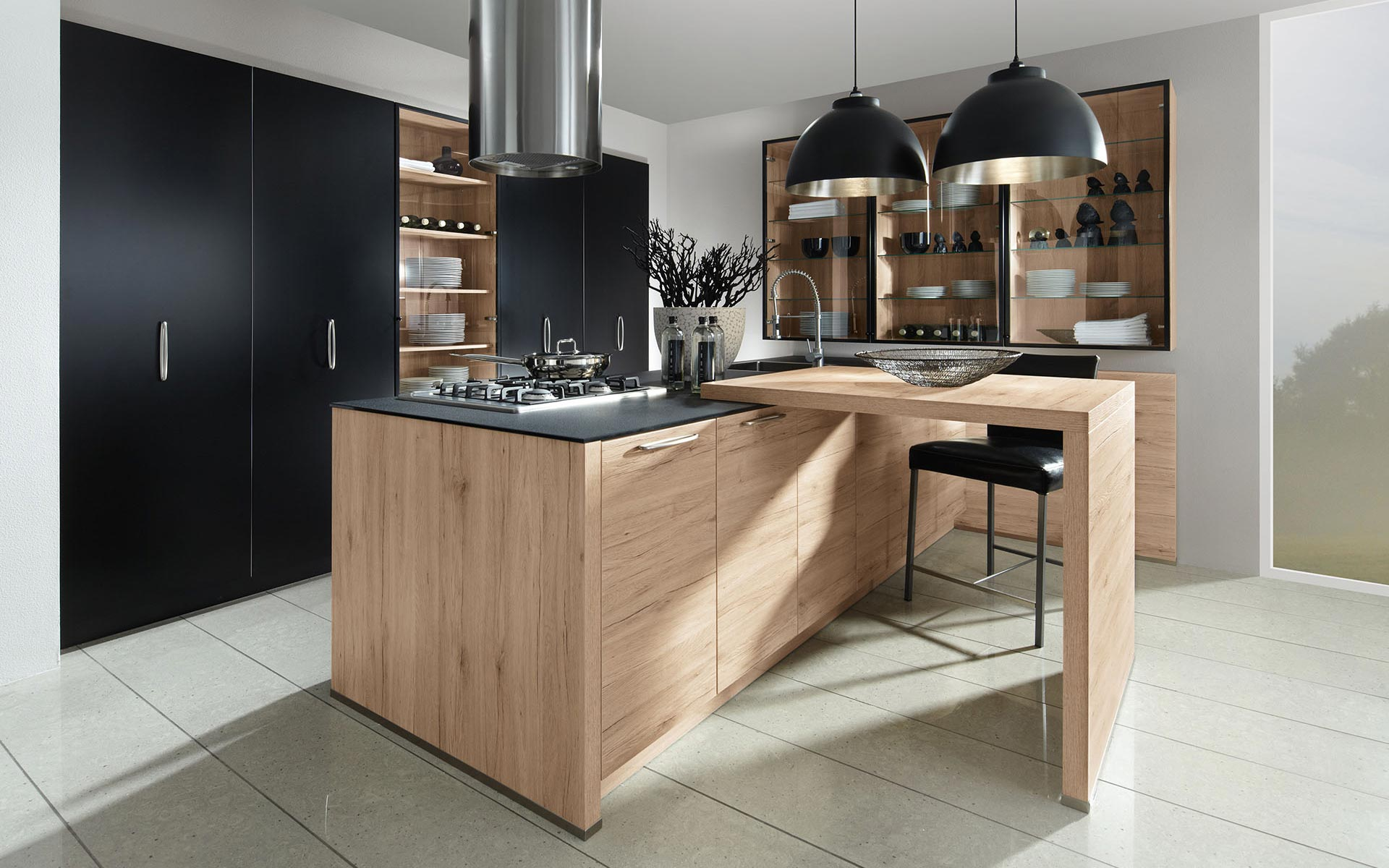 Toronto: Kitchens from Germany, Europe. Fenix Schwarz • Sincrono Sanremo Oak