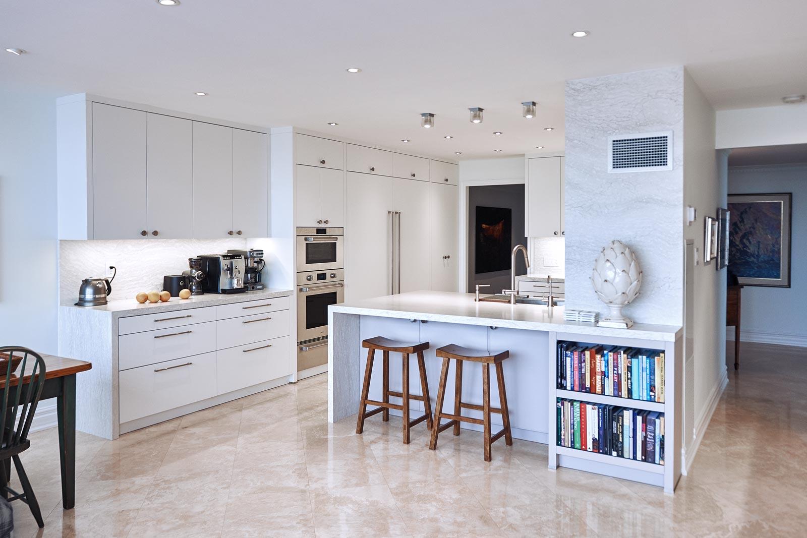 Luxury Kitchen Renovation at Palace Pier Condominium in Etobicoke, Canada